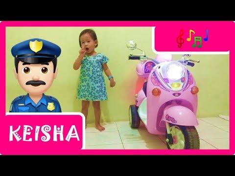 Bernyayi Lagu Bung Pak Polisi Lalu Lintas | Lagu Finger Family Collection [KEISHA]