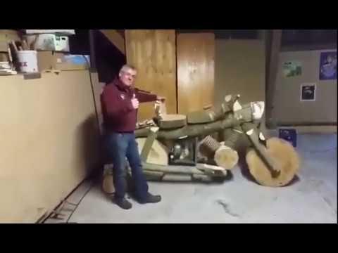 Мотоцикл, собранный из дров