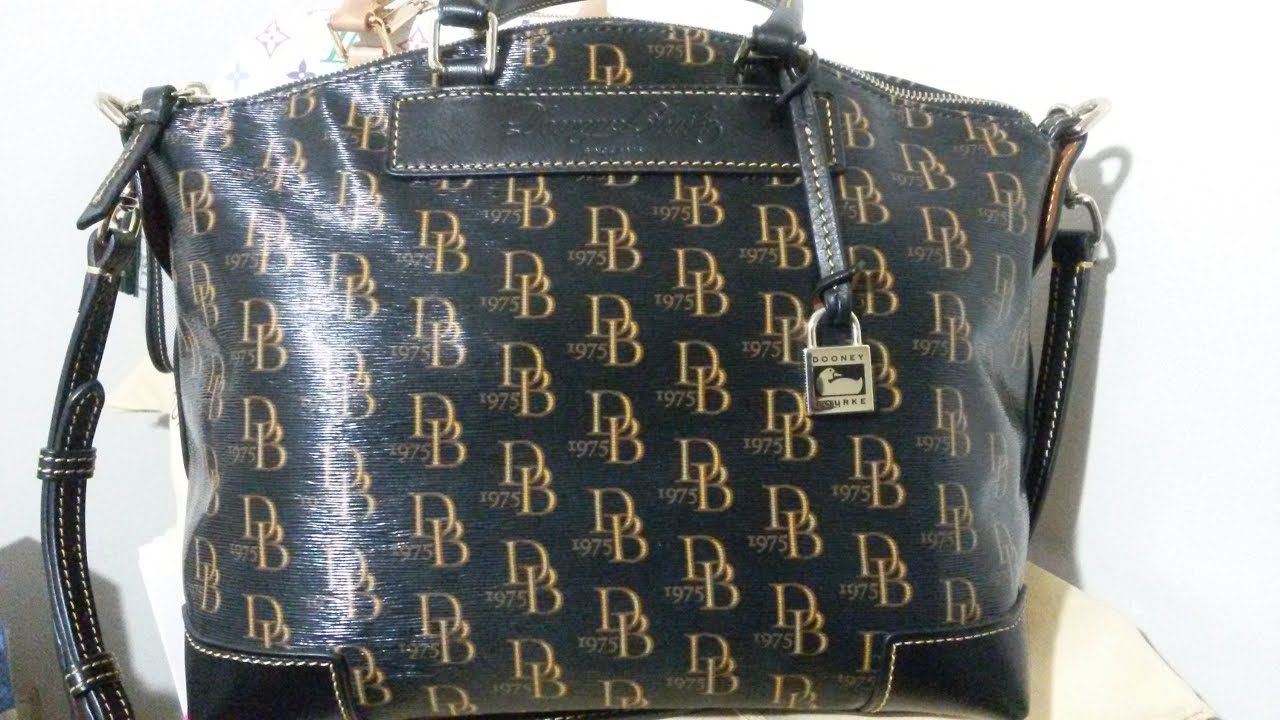 Dooney Bourke 1975 Db Signature Classic Satchel Black