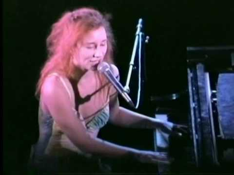 Tori Amos - Tear In Your Hand HQ