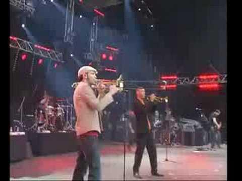 Cali - Eurockénnes 2008 - Grande scène - 1000 Coeurs debout