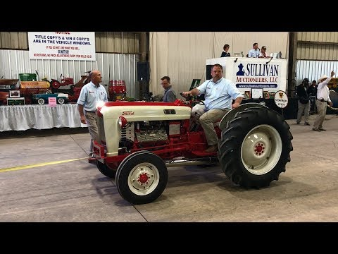 Restored Ford Jubilee Tractor Sold for $52,000 Yesterday on Iowa Collector Auction
