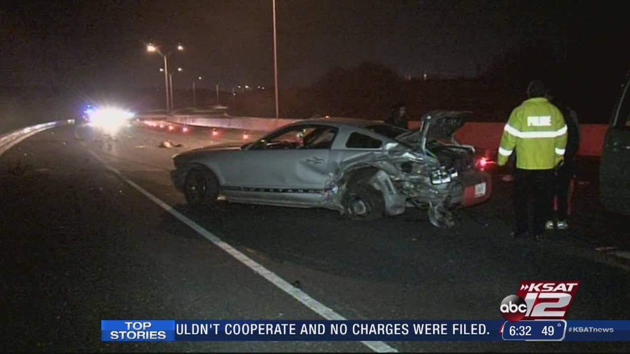 Fatal wreck closes Hwy  281 near Hildebrand