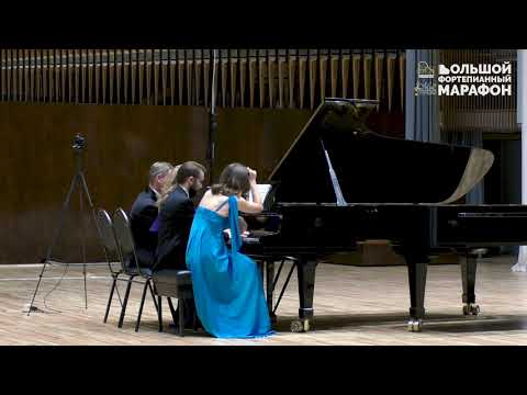 """А.Лавиньяк. """"Марш-Галоп для одинокого рояля и 8 рук"""" (2 рояля, 16 рук)"""