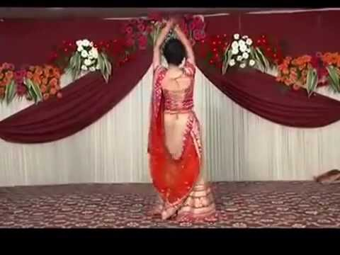 Best Wedding Dance 2016 ¦ indian wedding dance ¦ Guppu's Bridal Dance