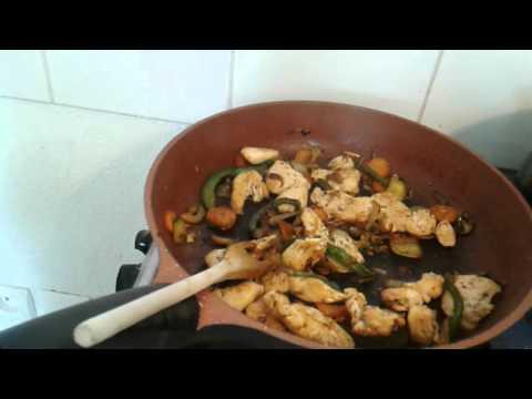 recette-de-pâtes-au-poulet-provençale