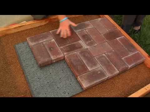 Lowes Lays Out The Pavers