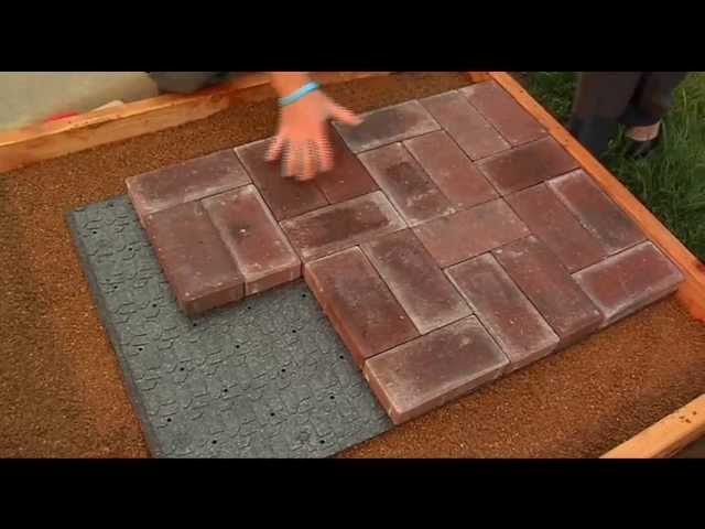 lowes lays out the pavers youtube