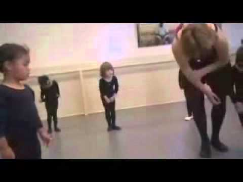 little ballerina can't stand - verry funny :)).wmv