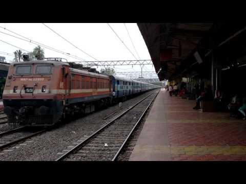 BRC WAP4E 22943 Pune - Indore Express Skipping Khadki Station Indian Railways