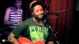Bloc Party - This Modern Love [Live on KCRW]
