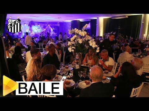 Com grande sucesso, tradicional Baile do Branco e Preto foi realizado na Vila Belmiro