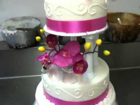 champagne-wedding-cake.