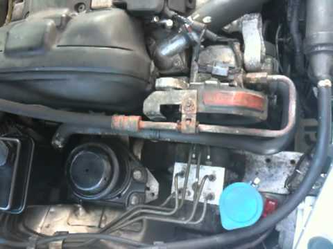 2003 volvo s40 Noise trouble - YouTube