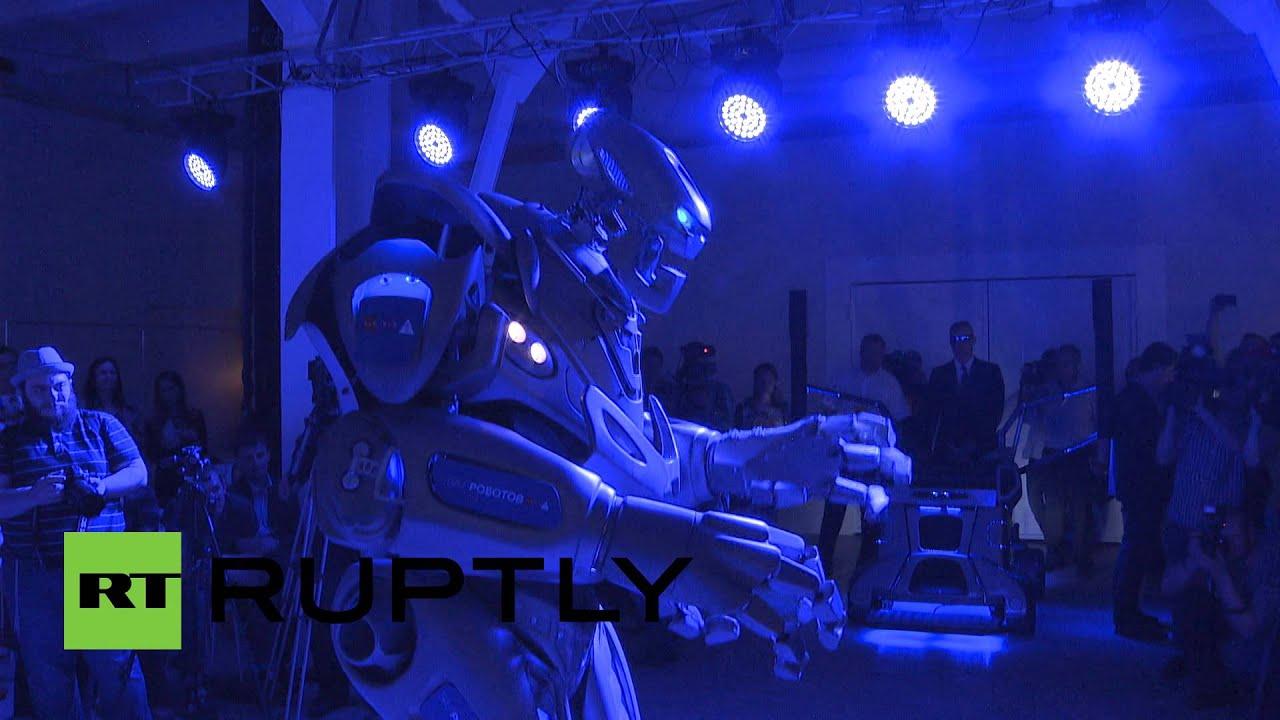 Разрешите пригласить: в Москве стартует «Бал роботов»