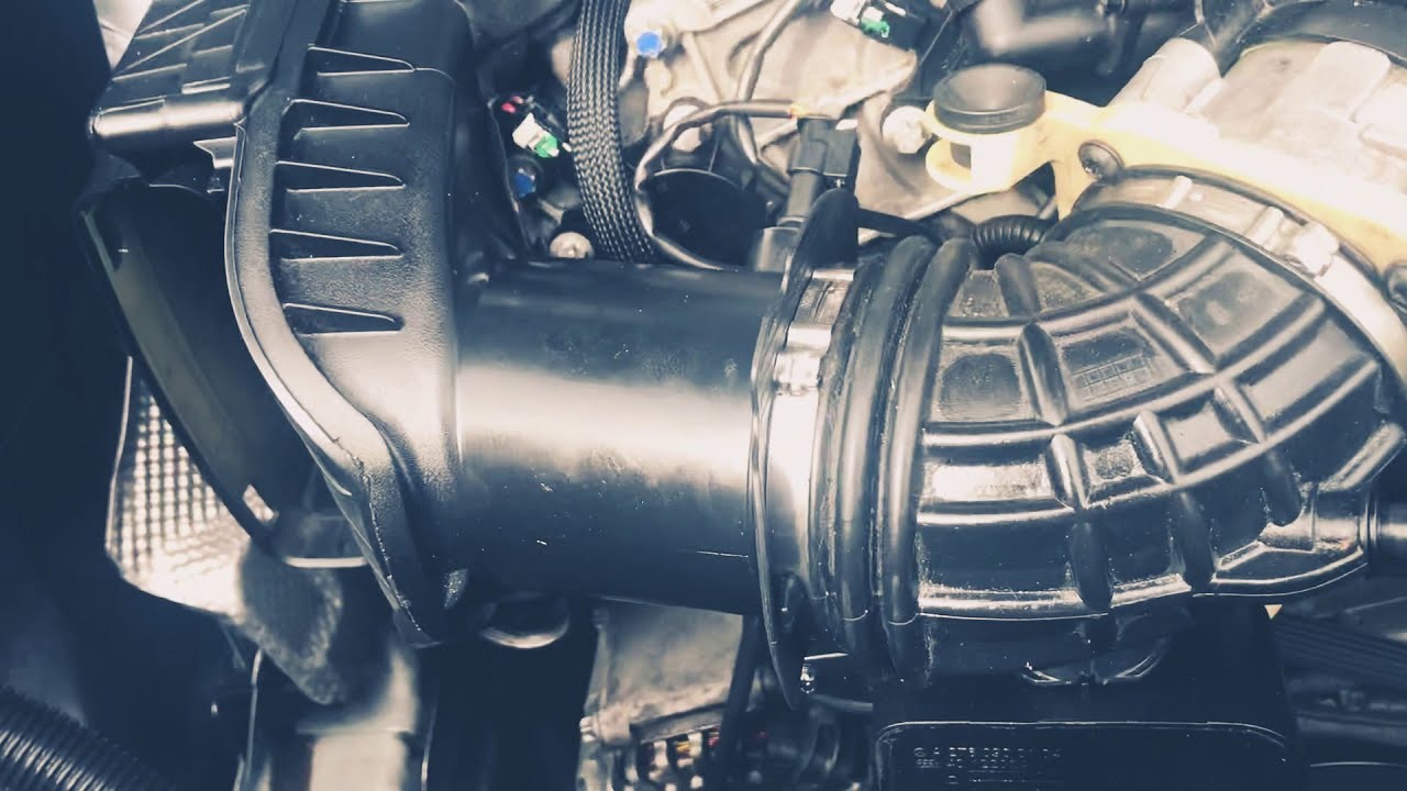 How to change Mercedes Benz spark plugs