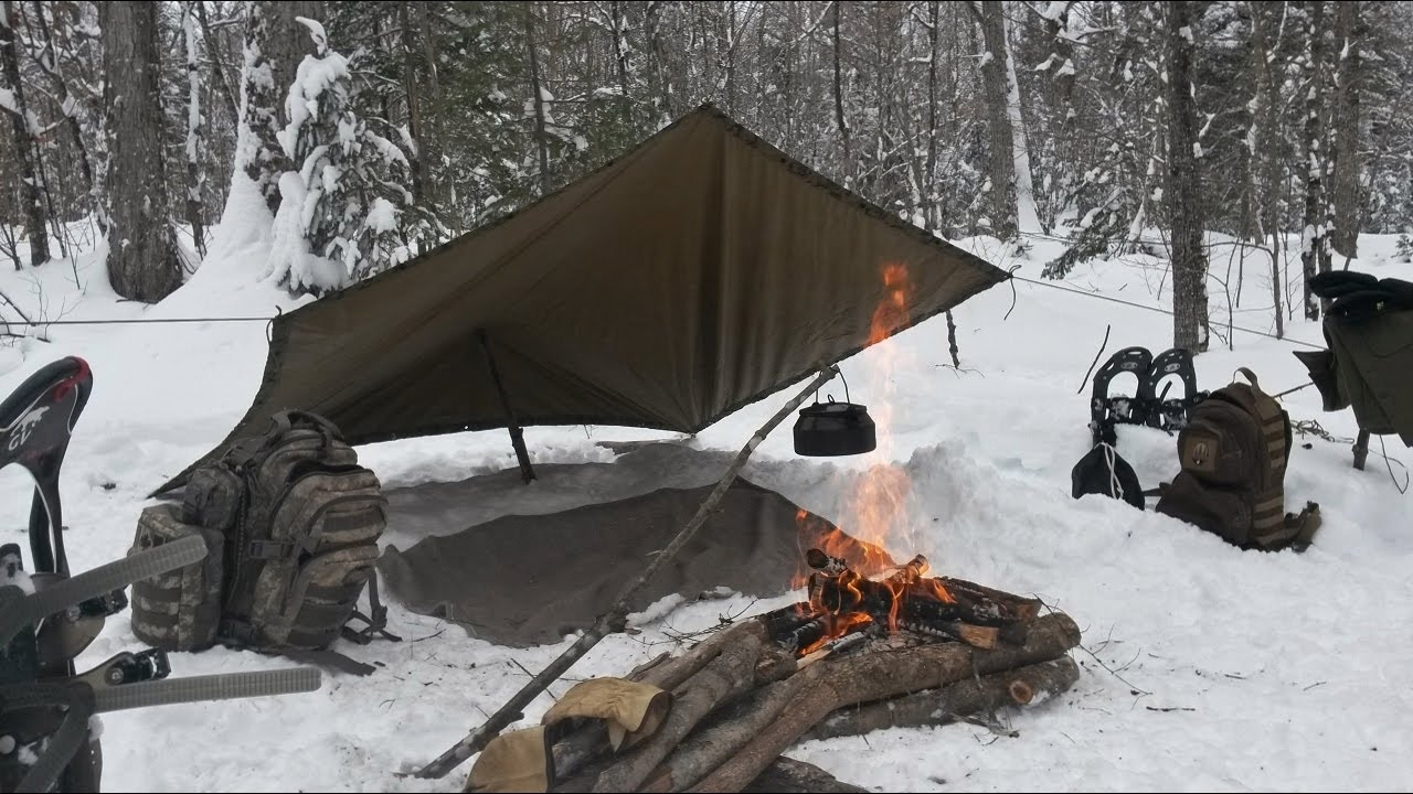 Setting a Tarp in The Snow - YouTube