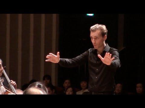 Mozart Violin Concerto by Christoph and Stephan Koncz