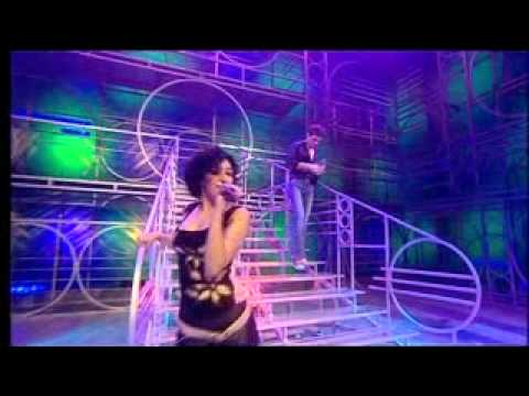 Fame Academy 2002 - Ainslie & Marli - (Come Up and See Me) Make Me Smile mp3
