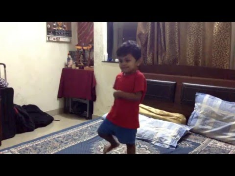 Ballu Dancing On 'Besharmi Ki Height...'