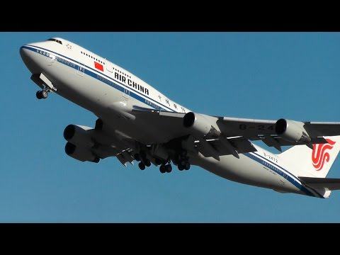 Air China BOEING 747 blasting out of Helsinki Airport with Xi Jinping on board!