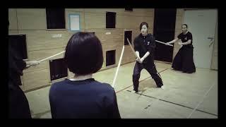 毎週、京王井の頭線の「高井戸」駅前の施設にて、 殺陣教室をひらいてお...