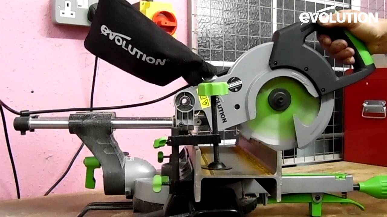 Evolution Fury3-S Mitre Saw / Miter Saw: Cut Wood With