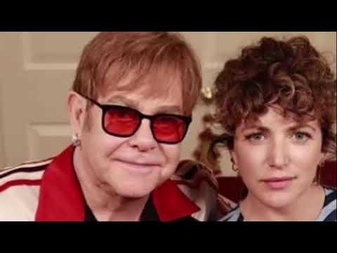 Incredible Elton John prepare an emotional tribute for Aretha Franklin Mp3