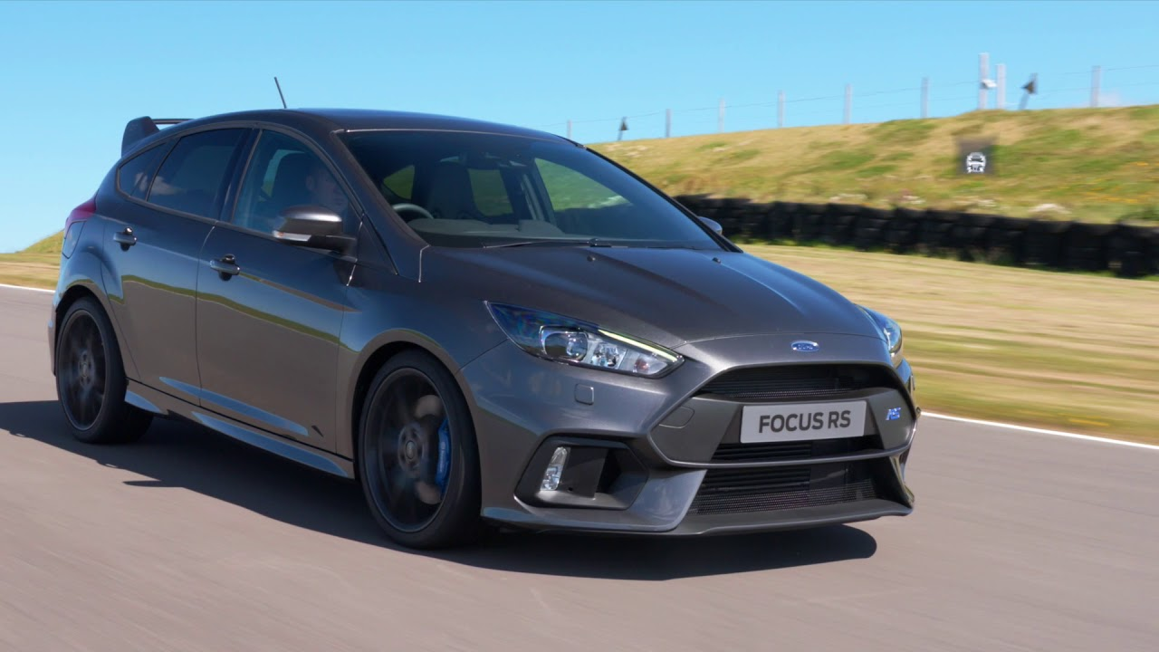 7 finest features ford focus rs ford uk
