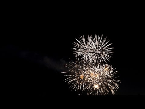 Fireworks in 4K HLG HDR. Sony RX100 VI