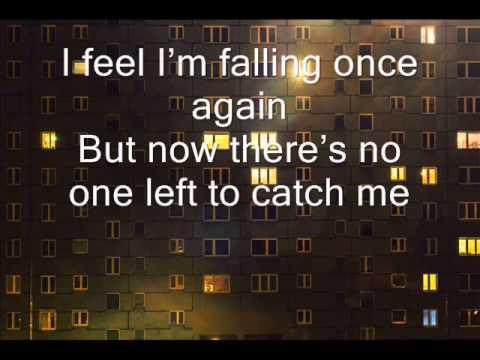 Steven Wilson - Happy Returns (lyrics on screen)
