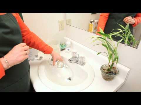 Baking Soda & Vinegar Clean Your Drains in 30 Seconds : Clean in :30