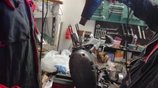 Jak správně nalisovat pístní čep do ojnice na jehlách