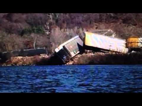 BREAKING: Train Derails In Wisconsin 32 Cars