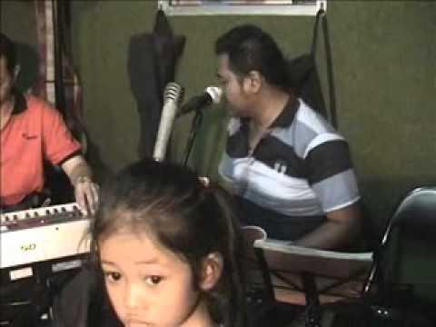 The Career - Anak Jalanan(Chrisye).wmv