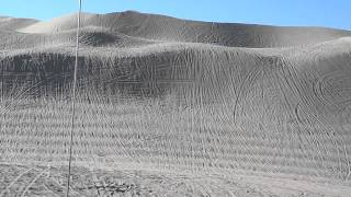 Repeat youtube video Nissan frontier climbing dunes in glamis