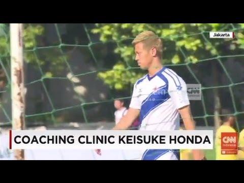 Bintang AC Milan, Keisuke Honda, di Lapangan Simprug