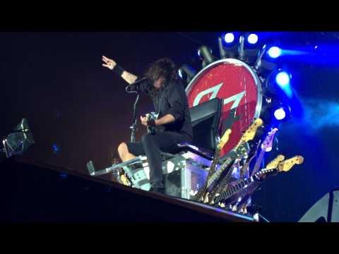 Foo Fighters - The Pretender @ Milton Keynes National Bowl, 06.09.2015 - HD