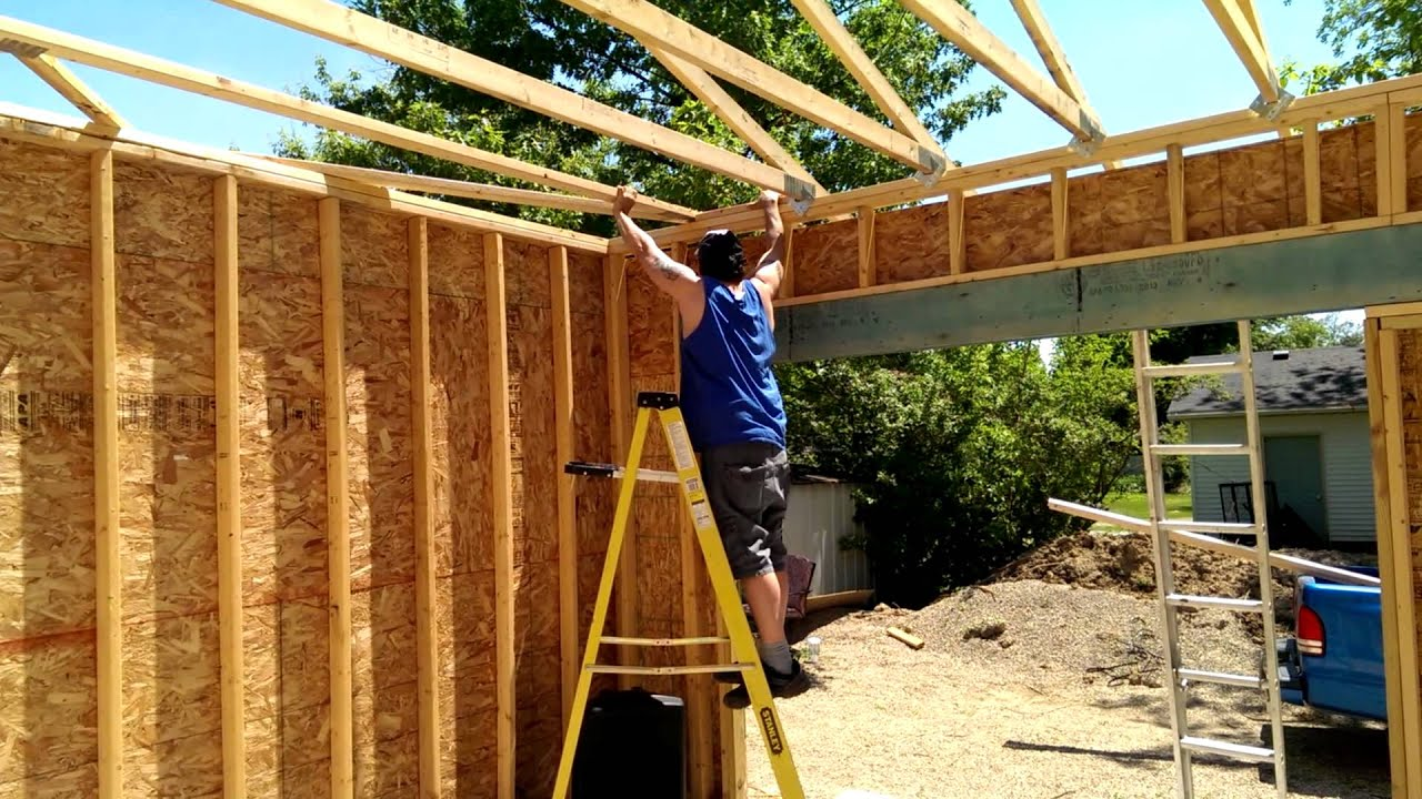 How To Hang Trusses With Only One Man Youtube