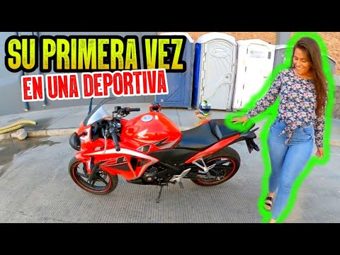 🔥 CHICA SE SUBE A MOTO HONDA CBR 250