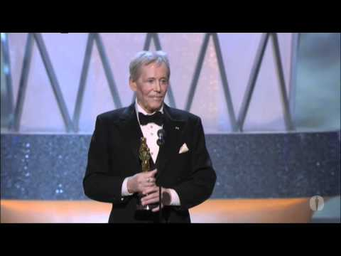 Peter O'Toole receiving an Honorary Oscar®
