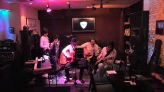 小田急線経堂駅徒歩5分にあるライブバー音楽酒場ピック http://members...