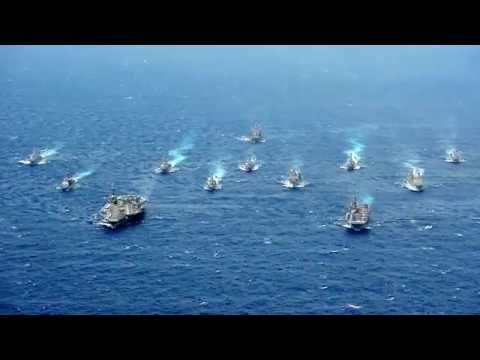 Valiant Shield 2016: Carrier Strike Group 5 and Expeditionary Strike Group 70 Battle Formation.