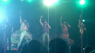 2010年ハワイカウントダウンパーティーの模様 懐かしいビレッジピープル...