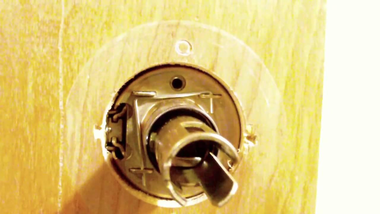 How to remove and install a LSDA Grade 2 Storeroom Function knob ...