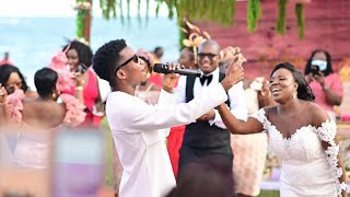 KOFI KINAATA'S FULL PERFORMANCE AT #MadeInTadi2020 WEDDING RECEPTION (JOHN & JACKIE)