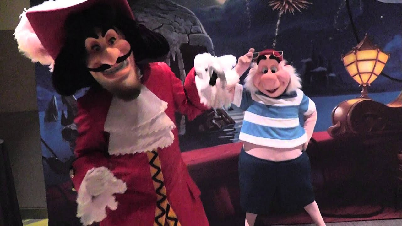 Uncategorized Hook And Smee captain hook and mr smee meet greet youtube greet