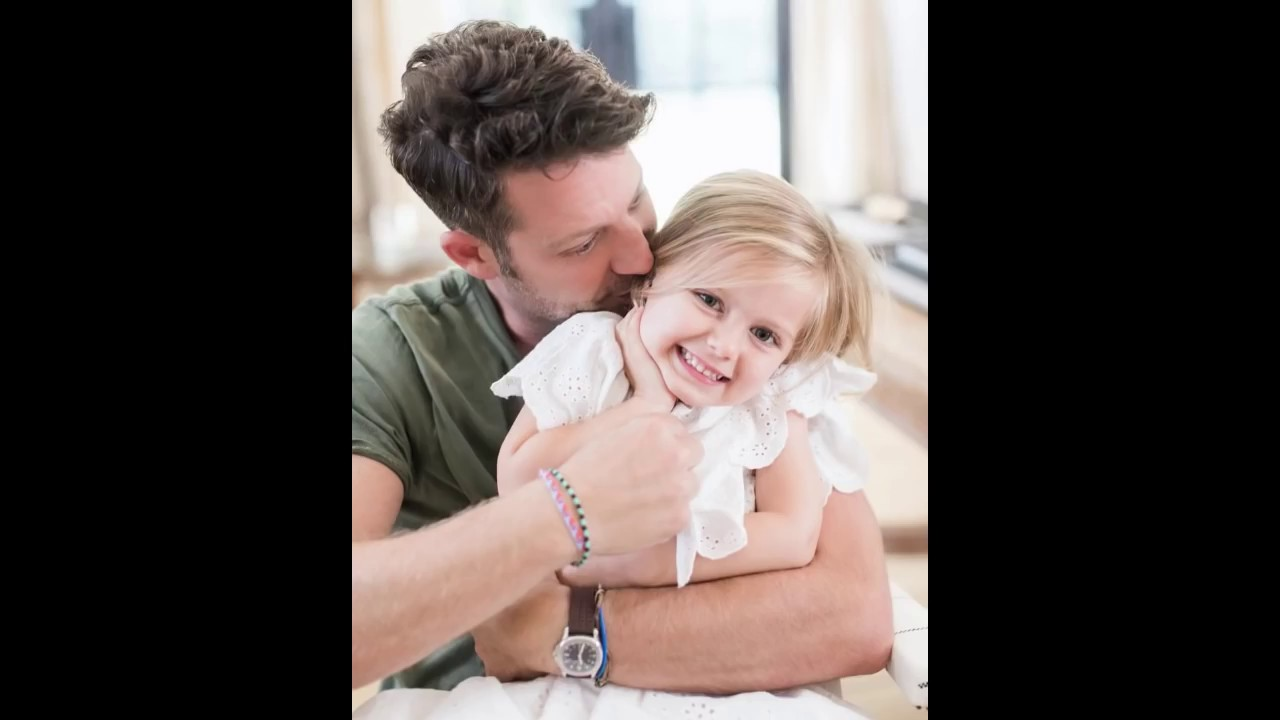 baby oskar brent berkus with sister poppy nate and jeremiah son and daughter youtube. Black Bedroom Furniture Sets. Home Design Ideas