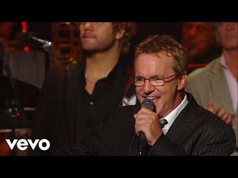 Gaither Vocal Band - The Church Triumphant [Live]