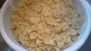 chicken pasta with Brest chicken sauce dolmio pasta sauce chicken pasta